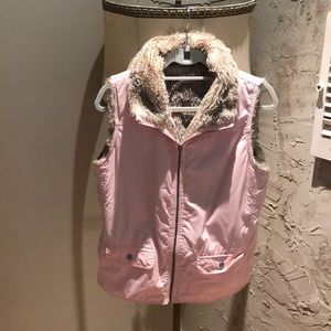 Two sided gap jacket